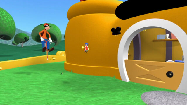 File:Goofy goes after the little toy marcher.jpg