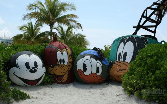 File:Disney-cruise-mount-rustmore.jpg
