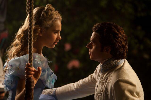 File:Cinderella-Trailer-Cate-Blanchett-Movie-Preview-Tom-Lorenzo-Site-TLO-5.jpg