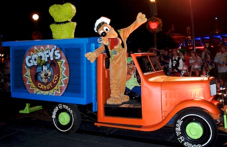 File:Pluto on candy truck.jpg