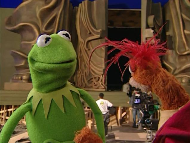 File:Oz-Pepe-Kermit.png