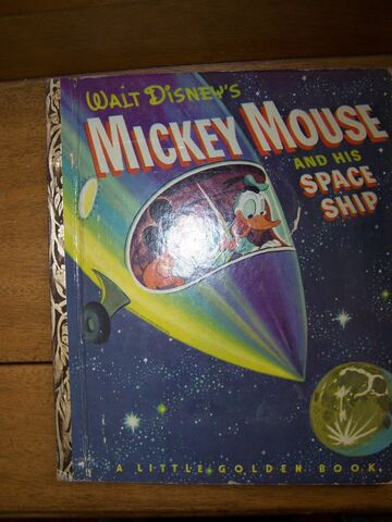 File:Mickey mouse and his spaceship.JPG