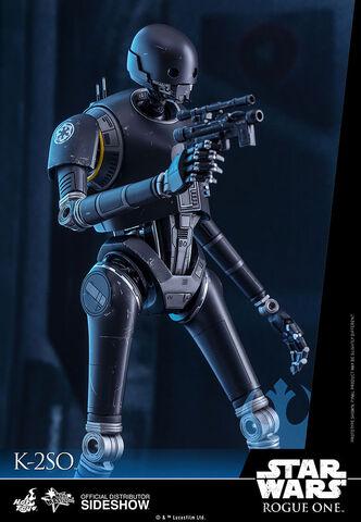 File:Star-wars-k-2so-sixth-scale-hot-toys.jpg