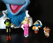 Bluebird toys uk polly pocket muppet treasure island pirate gonzo head toy set 2