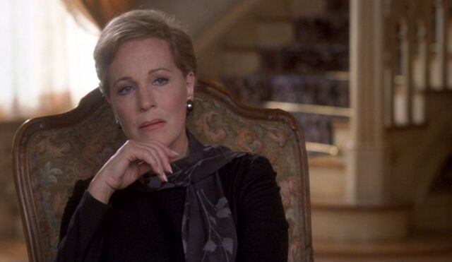 File:Julie Andrews from The Princess Diaires.jpg