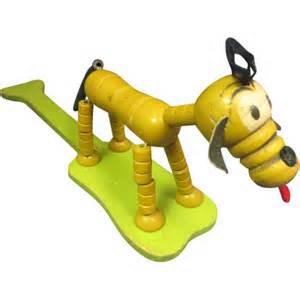 File:Pluto toy paddle.jpg