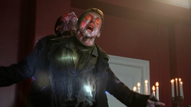 File:Once Upon a Time - 5x23 - An Untold Story - Jekyll Escapes Hyde.jpg