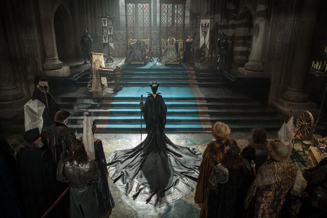 File:Maleficent-(2014)-229.jpg