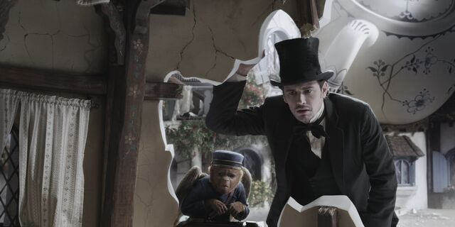 File:Oz the Great and Powerful 12.jpg