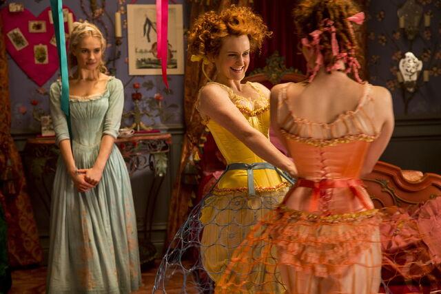 File:Cinderella 2015 38.jpg