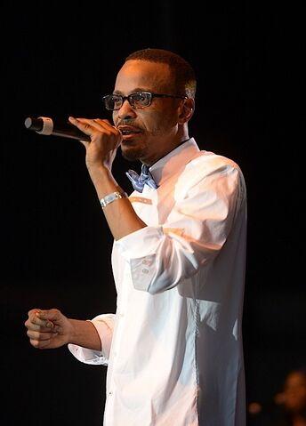 File:Tevin-Campbell-All-White-Concert-the-jasmine-brand.jpg