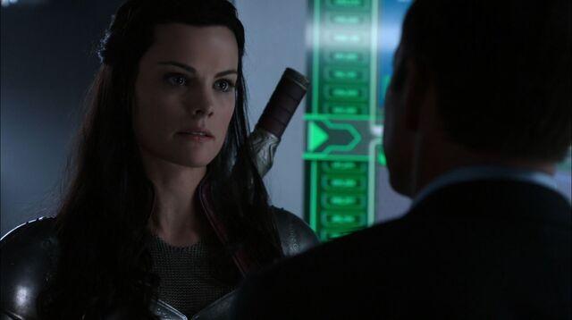 File:Agents-of-S.H.I.E.L.D-S1Ep15-Yes-Men-Lady-Sif-played-by-Jaime-Alexander -2-.jpg