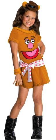 File:Rubies 2012 halloween costume girl fozzie bear.jpg