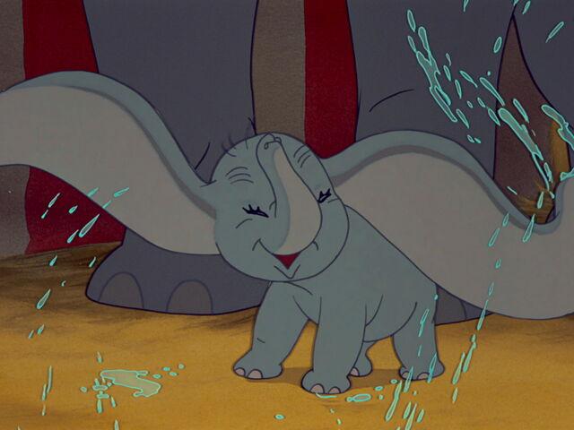 File:Dumbo-disneyscreencaps.com-1903.jpg