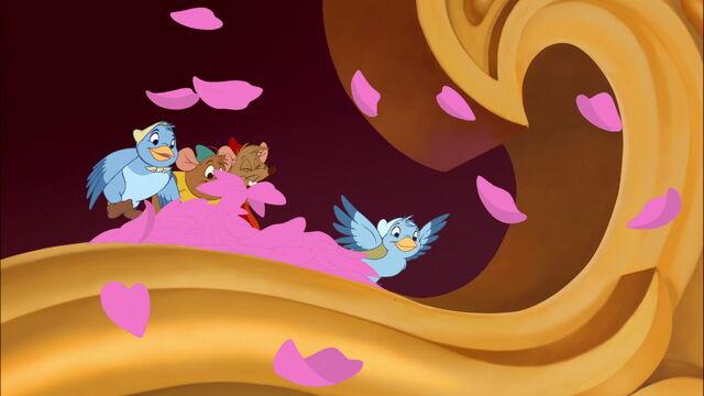 File:Cinderella3-disneyscreencaps.com-7681.jpg