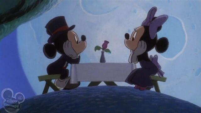 File:Mickey Minnie dinner romance evening.jpg