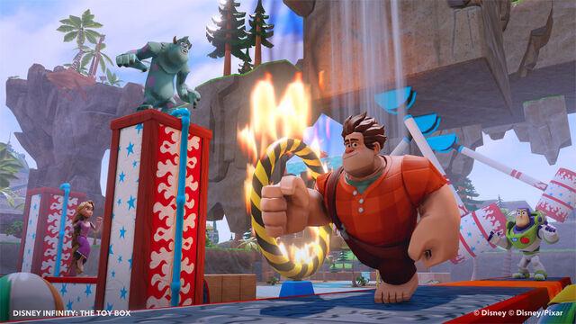 File:Disney Infinity holidaycharacters ralph 2.jpg