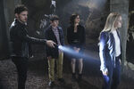 Once Upon a Time - 6x05 - Street Rats - Photography - Hook, Henry, Regina and Emma