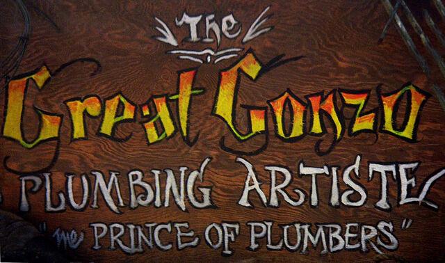 File:Plumbing Artiste.jpg