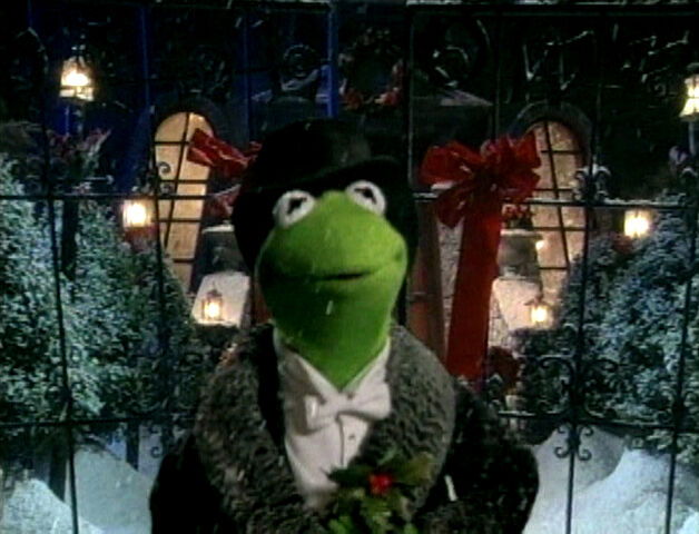 File:Kermit Mr.Willowbyschristmastree.jpg