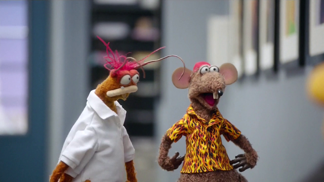 File:TheMuppets-S01E08-Pepe&Rizzo.png