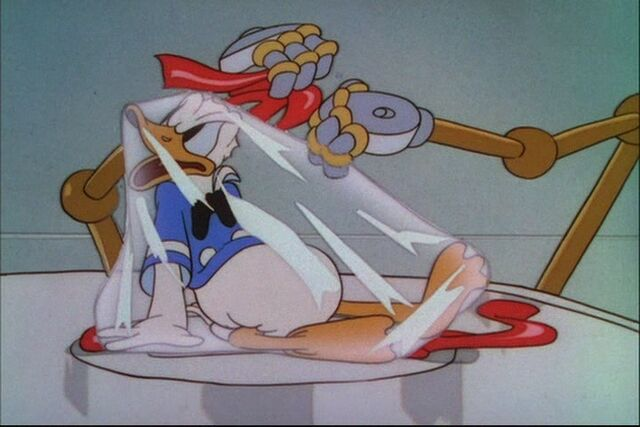 File:Donald Duck Modern Inventions 058.jpg