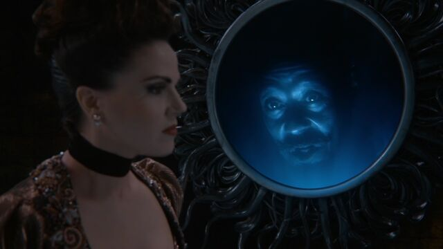 File:Once Upon a Time - 6x20 - The Song in Your Heart - Queen and Mirror.jpg