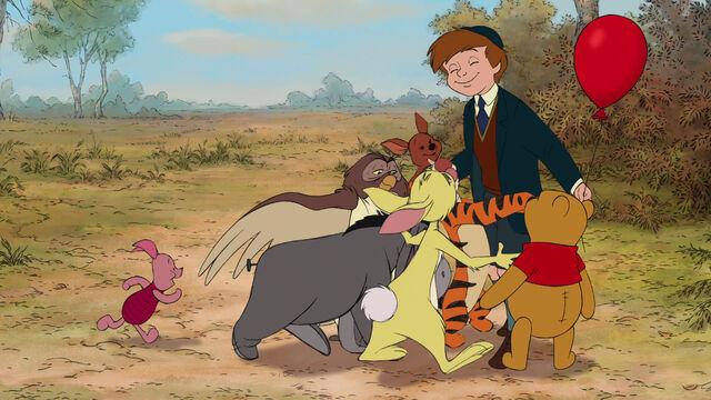 File:Winnie the Pooh Christopher Robin's back.jpg