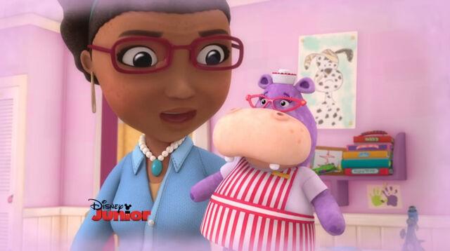 File:Hallie and grandma mcstuffins.jpg