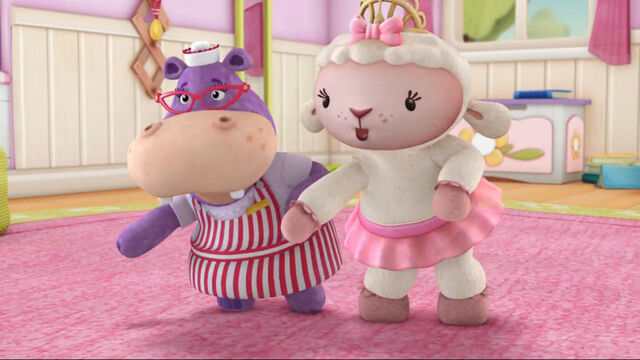 File:Lambie and hallie in knight time.jpg