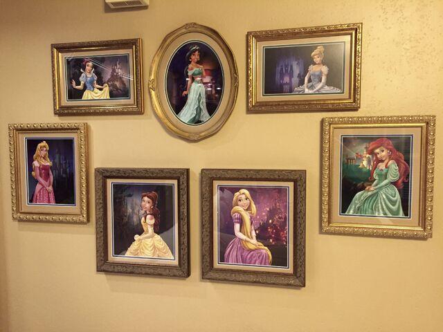 File:Princesses pics.jpg