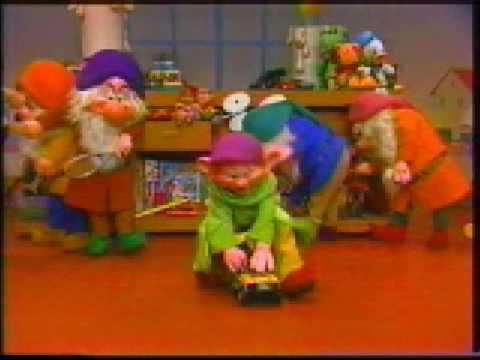 File:Seven dwarfs at santa's workshop.jpg