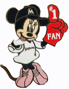 Miami Minnie Pin