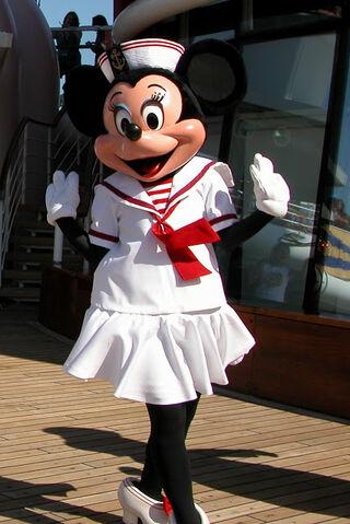 File:SailorMinnieDisneyCruise.2.jpg