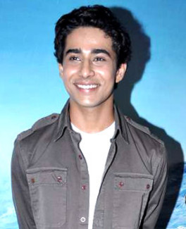 File:Suraj Sharma 2012 (Straighten Crop).jpg