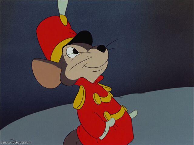 File:Dumbo-disneyscreencaps com-2552.jpg