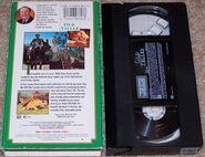 Walt Disney Studio Film Collection - Old Yeller - Rear and VHS