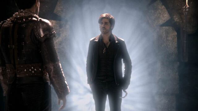 File:Once Upon a Time - 5x21 - Last Rites - Hook Light.jpg