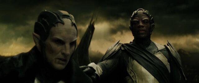 File:Thor the dark world 2013 0928.jpg