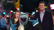 TheMuppets-(2011)-Finale-Mary&Gary&UncleDeadly