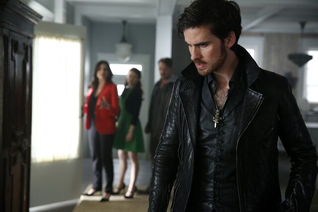 File:Once Upon a Time - 5x05 - Dreamcatcher - Publicity Image - Hook.jpg