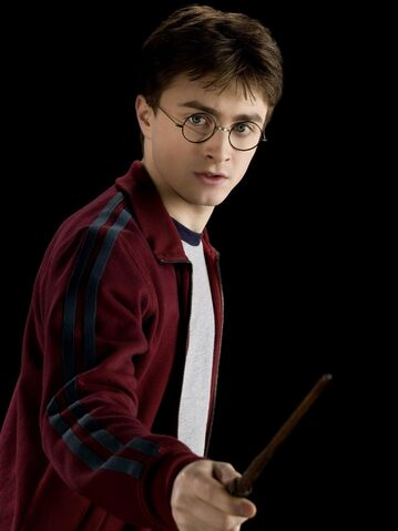 File:2009-Harry-Potter-and-the-Half-Blood-Prince-Promotional-Shoot-daniel-radcliffe-8869475-1498-1999.jpg