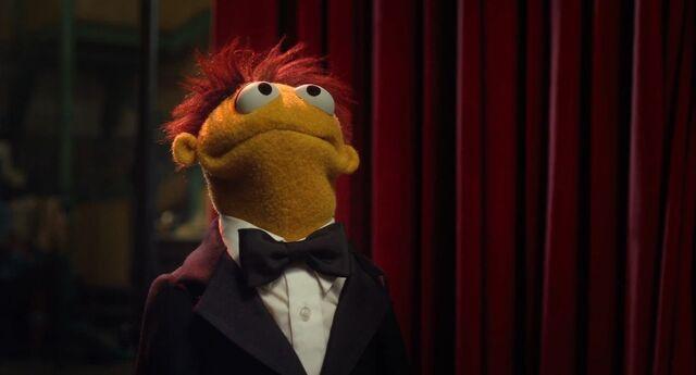 File:Muppets2011Trailer02-71.jpg