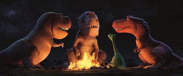 File:The-good-dinosaur-butch-fire.jpg