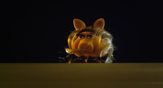 File:Muppets2011Trailer02-70.jpg