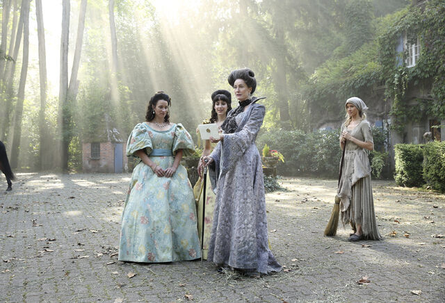 File:Once Upon a Time - 6x03 - The Other Shoe - Photography - Cinderella with Stepmother and Sisters 3.jpg