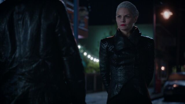 File:Once Upon a Time - 5x08 - Birth - Dark Swan and Hook.jpg