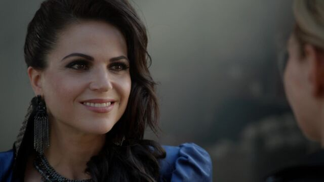 File:Once Upon a Time - 6x03 - The Other Shoe - Evil Queen.jpg