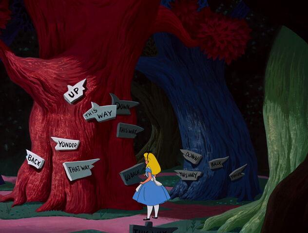 File:Alice-in-Wonderland Alice-3.jpg