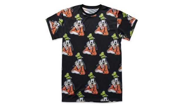 File:Classic goofy t-shirt.jpg